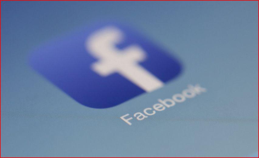 Facebook och politiken.
